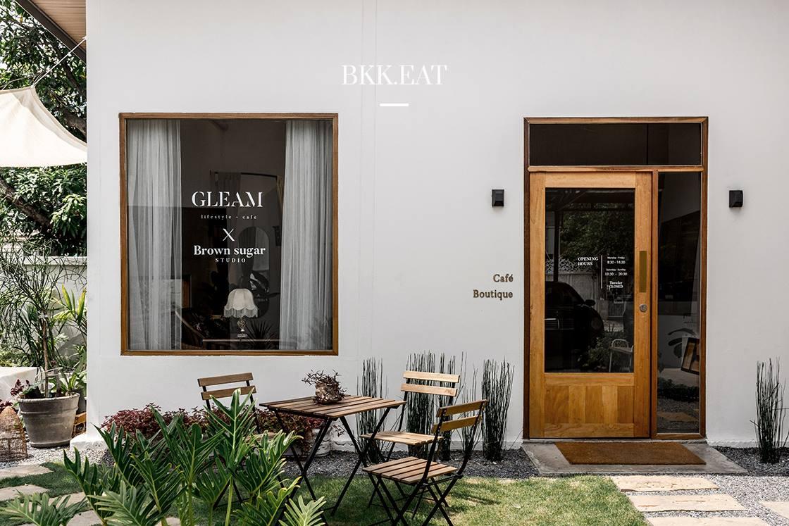 Gleam Lifestyle Café SansiriBlog