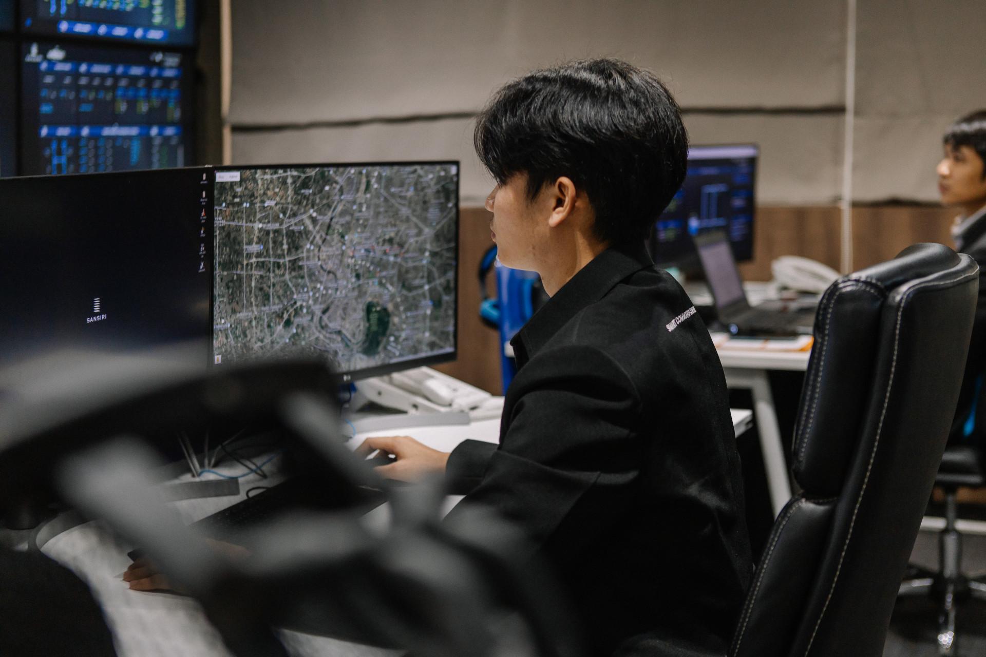 LIV-24 บริการดูแลความปลอดภัยจากศูนย์ควบคุมแบบเรียลไทม์ 24 ชั่วโมง จากแสนสิริ smart command centre (2)