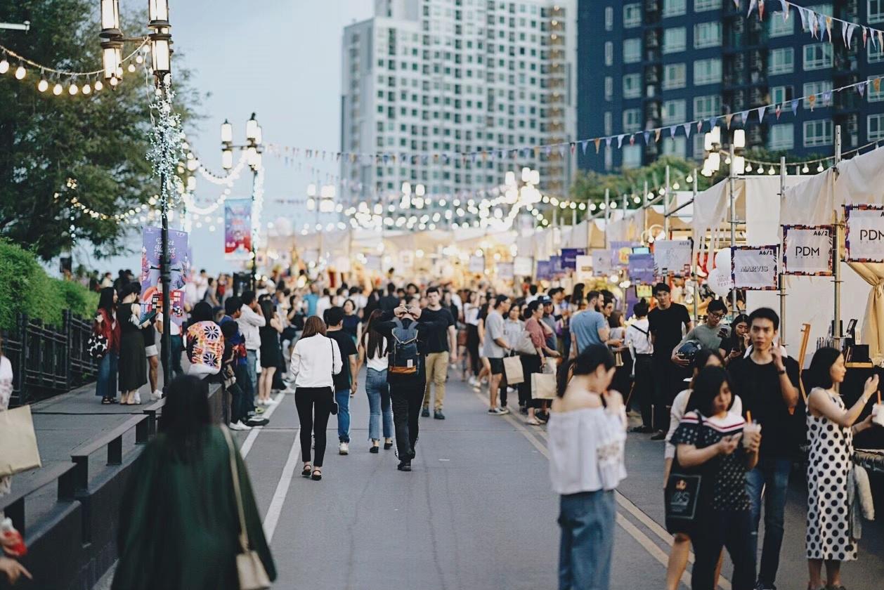 Shop Winter Market Fest